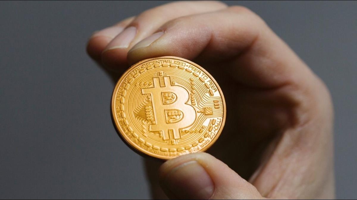 比特幣狂熱 紐西蘭男子賣屋投資加密貨幣營運中心