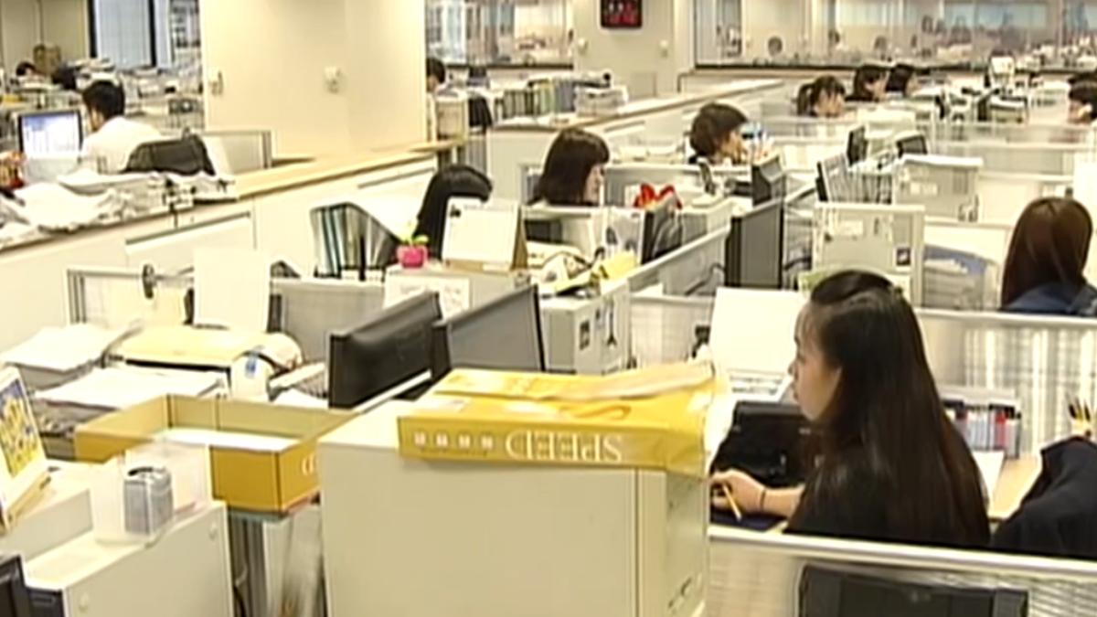 考績永遠最低 31-40歲公務人員爆離職潮