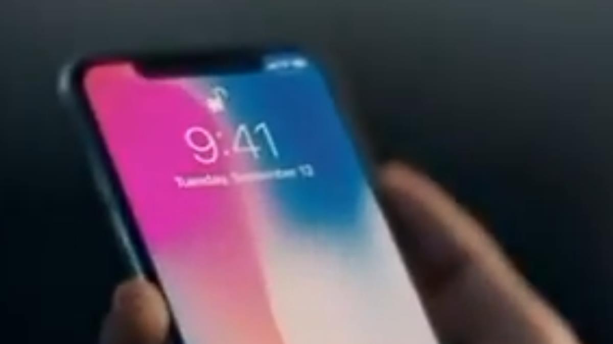 iX產量砍半 蘋果29日股價重挫2.6%