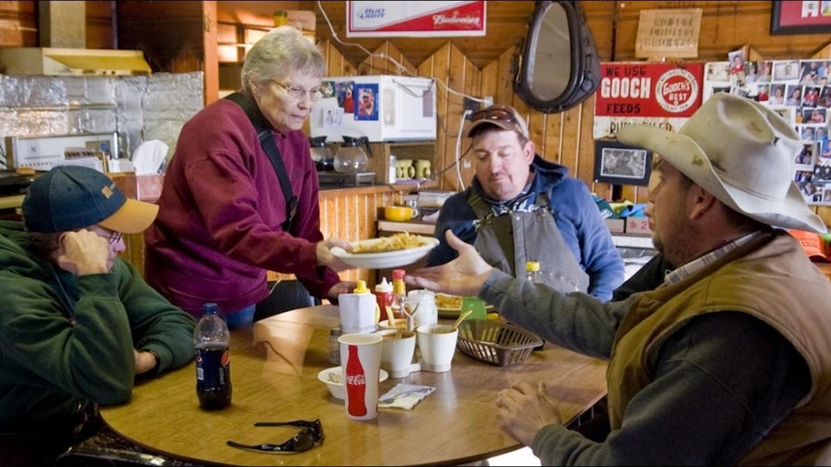 全鎮僅一人...84歲嬤「一票當選鎮長」繳稅給自己編預算