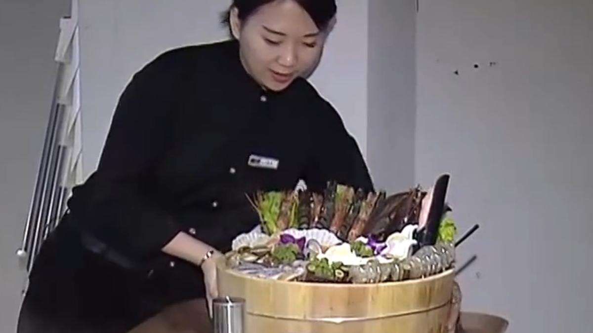 棄百萬年薪轉戰餐飲 海鮮火鍋飄香