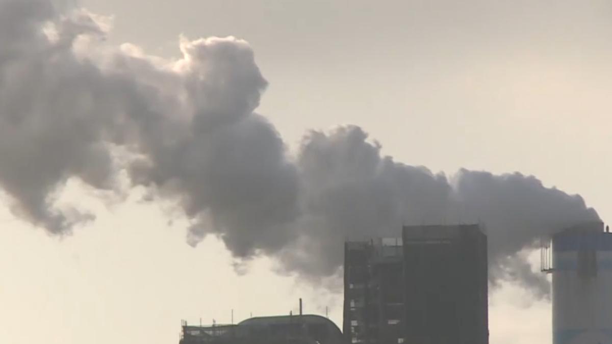 新北拒深澳電廠燃煤 一天內塵落九份老街