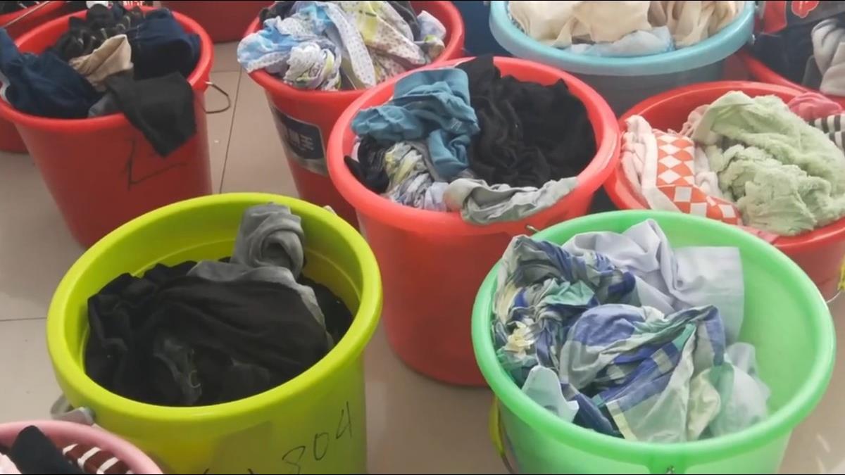【影片】懶男合購洗衣機意外變金雞母!整棟室友「求幫洗」月賺1.3萬