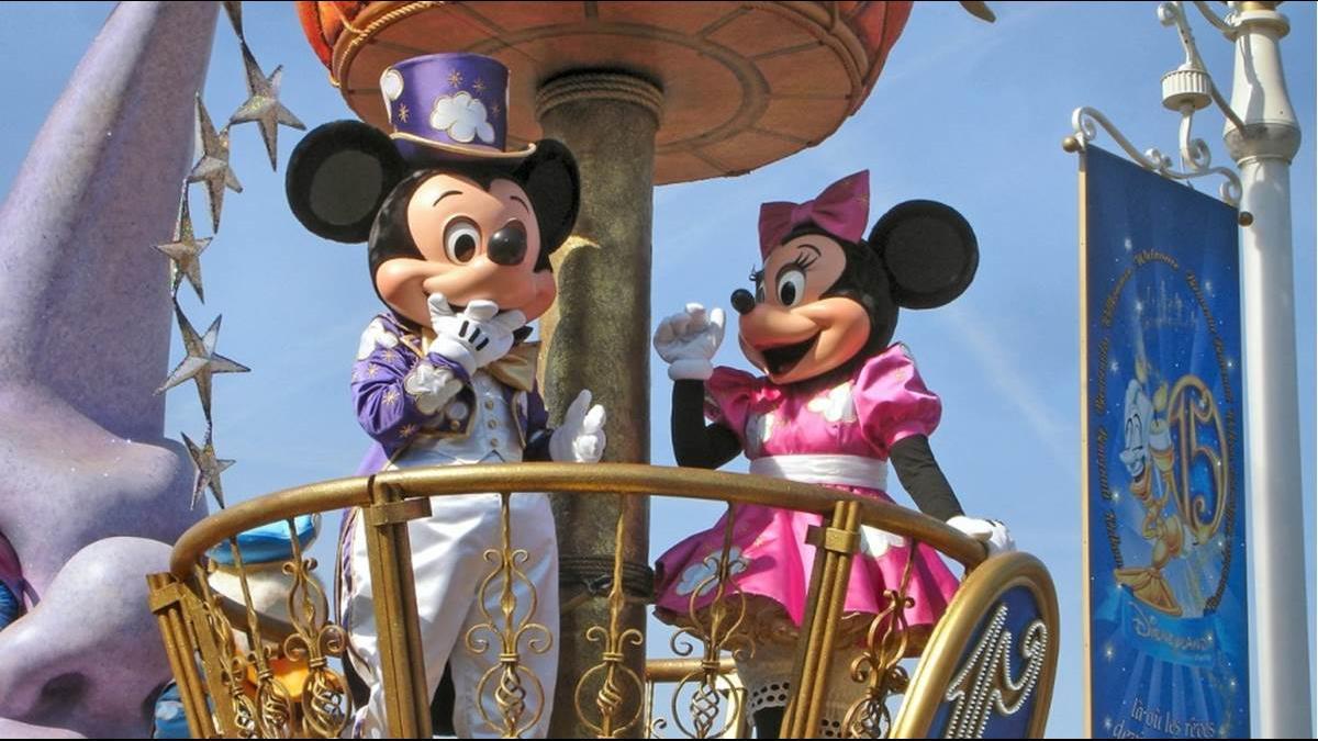 迪士尼員工微笑背後藏「薪」酸? 7成員工難負擔生活開銷