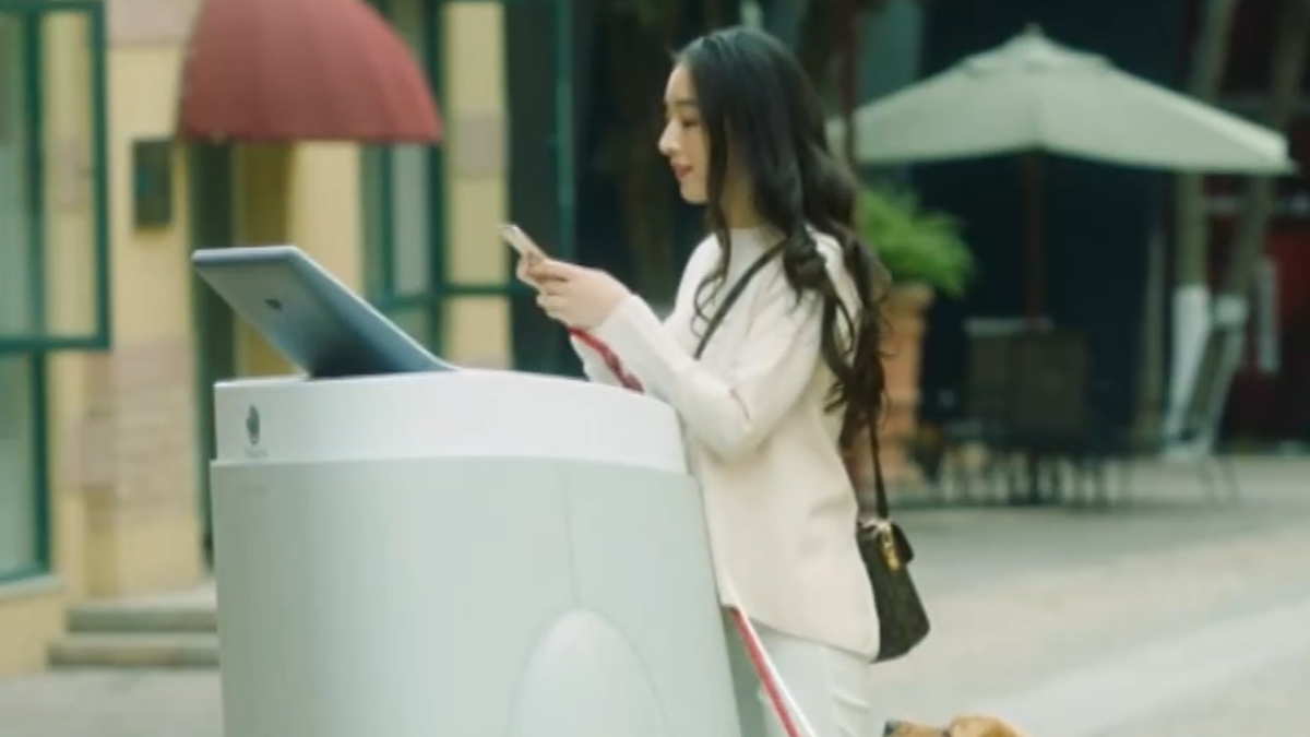 逛街好幫手 會行走的自動販賣機來了