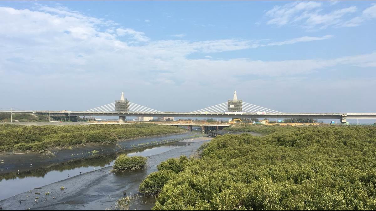 「平民版高速公路」 台61中部高架段月底通車 全線通車再等等