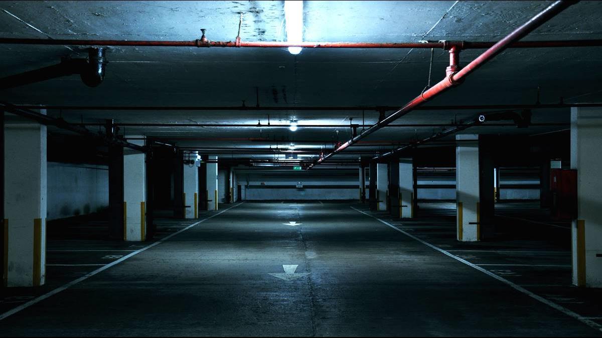 繞到暈還是貴!板橋建案「地下8樓」車位價格仍要150萬