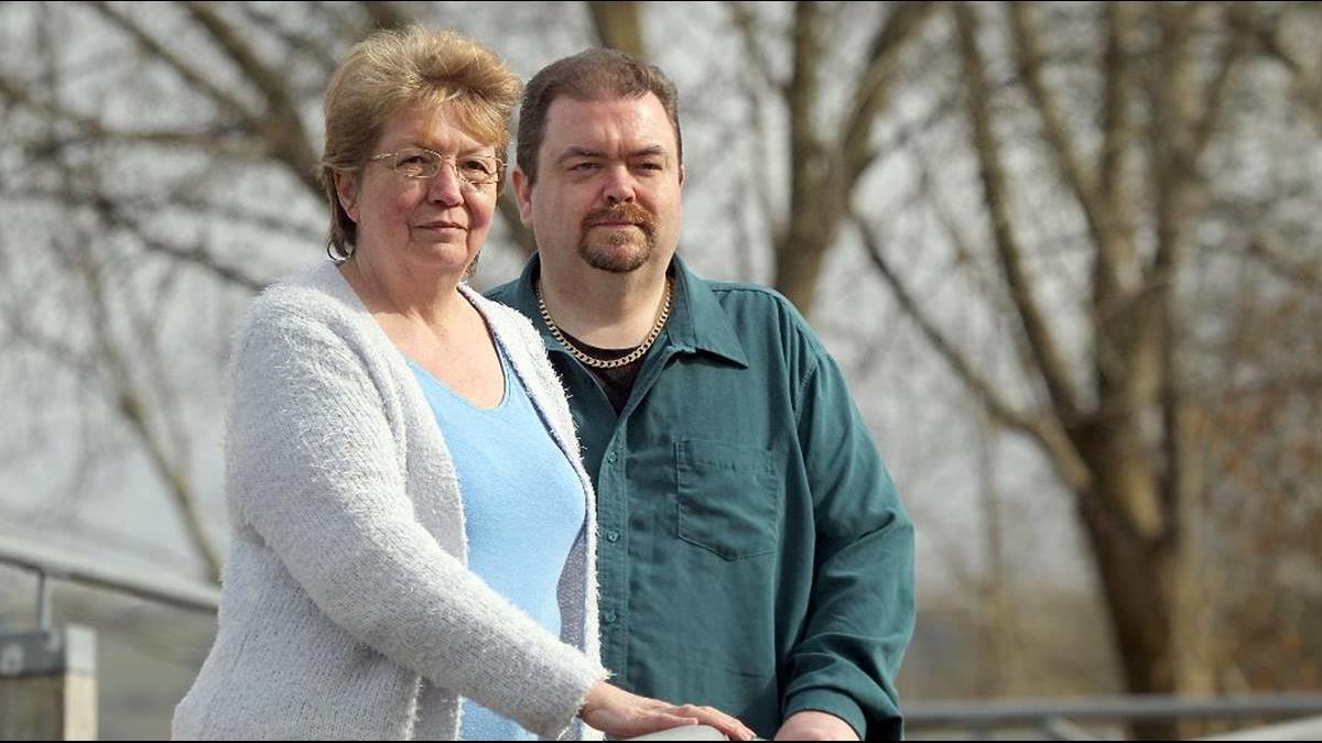 帶父親到瑞士安樂死 她恐被控「協助自殺」坐牢