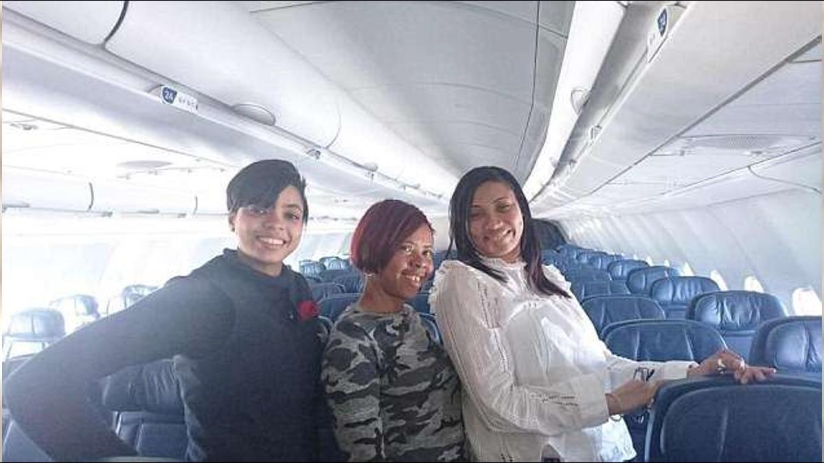 整架飛機只有她們!4.3萬經濟艙直接升等成「私人包機」
