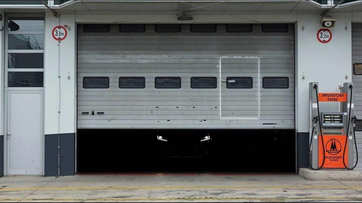 黑暗中露點臉…  Skoda官方Instagram釋出的神秘車歀是?
