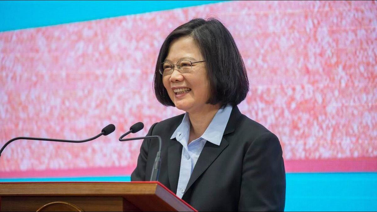 「薪資成長、失業率降」蔡英文誇:台灣經濟是20年來最好狀態