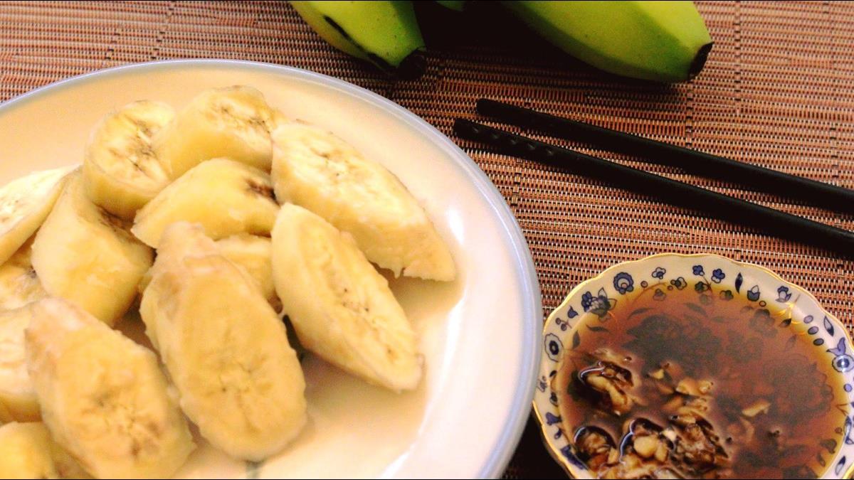 烹飪老師讚聲賴清德!「香蕉蘸醬油」是古老飲食文化