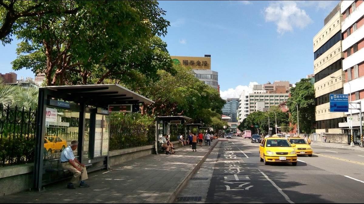 7大交通新制7月1日上路!臨停公車停靠區「罰款加重」