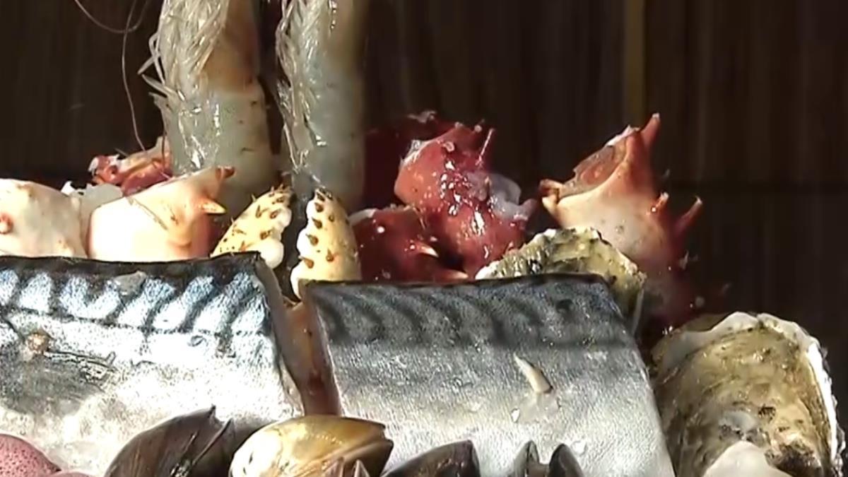 高檔帝王蟹吃到飽 平日翻桌率達5輪
