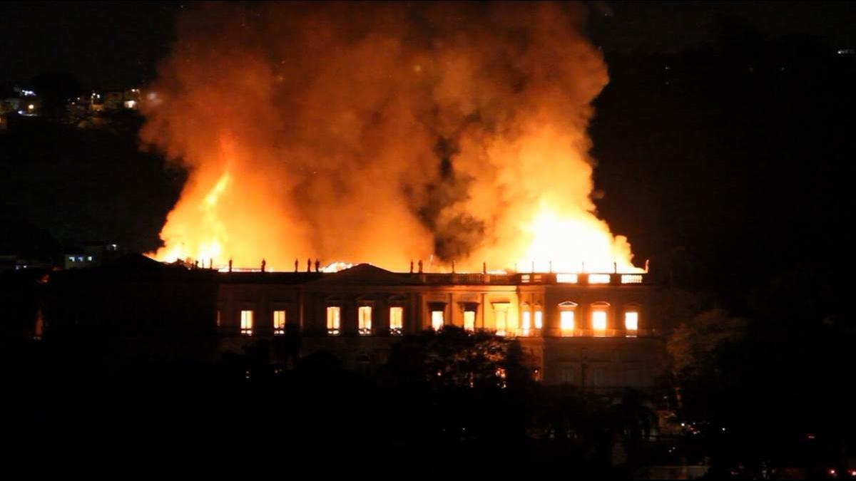 「巴西故宮」文物被燒光!里約奧運花光預算 連清潔費都得募款
