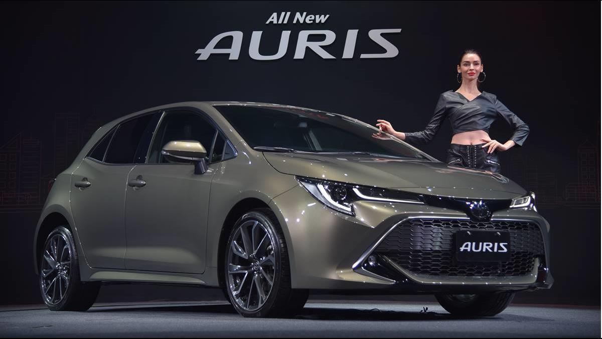 掀背車戰火起  Auris PK Mazda 3