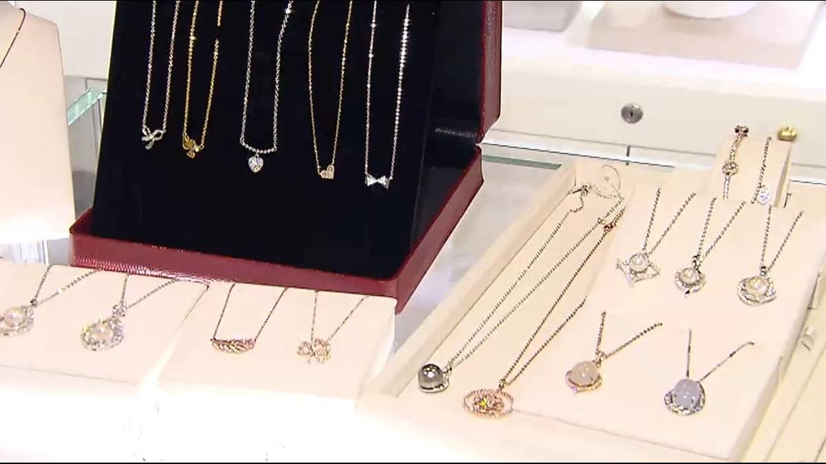 揭密!女教官變珠寶設計師 華航、Amazon搶著賣