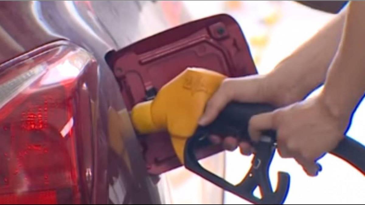 美加制裁伊朗將上路 國際油價大漲近3%創4年新高