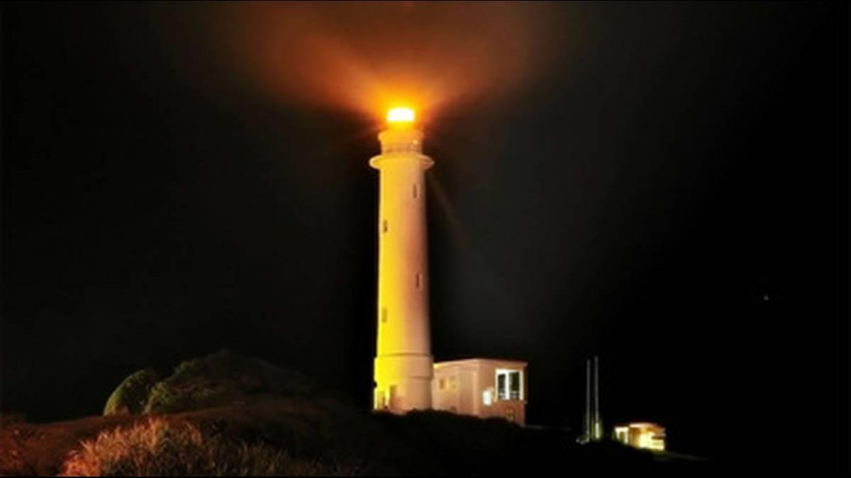 「燈塔守護人」傳第三代!他為漁人點燈轉眼35年