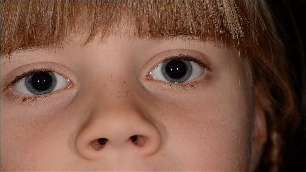 挖鼻孔恐增感染肺炎機率!研究證明「要聽媽媽的話」