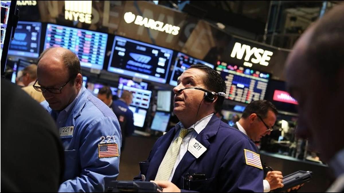 美股崩跌逾600點 台灣ADR全倒 台積電慘跌4%