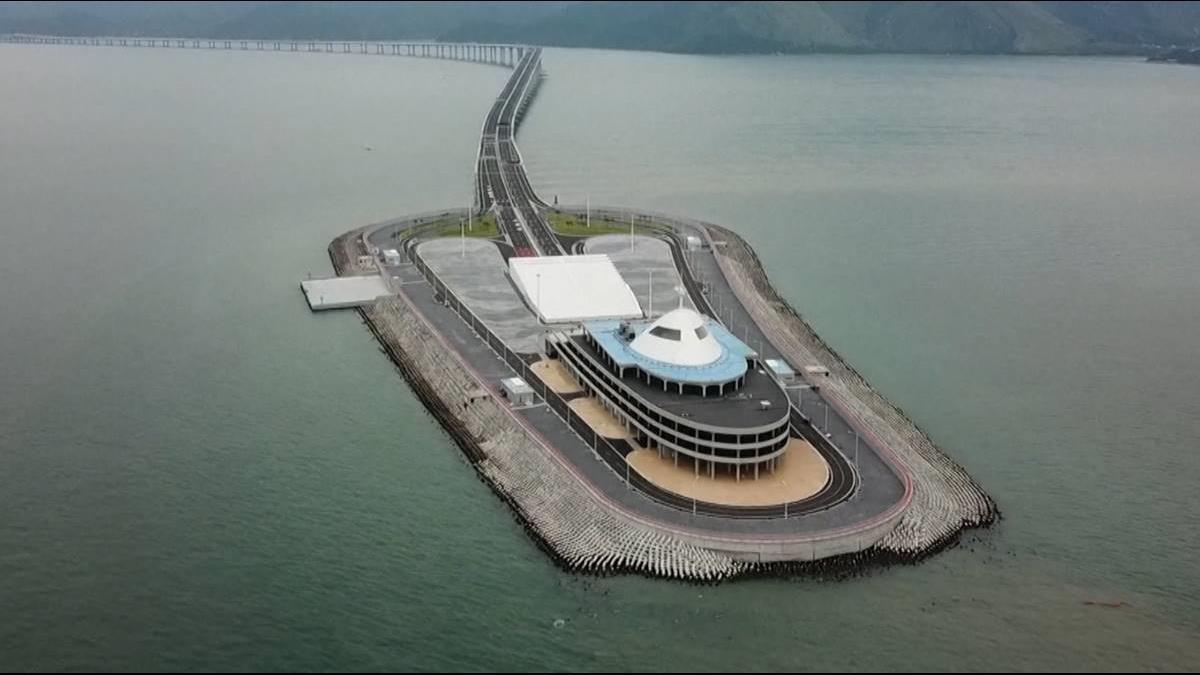 比港珠澳大橋長100公里 CNN:這座橋「台灣No.1」