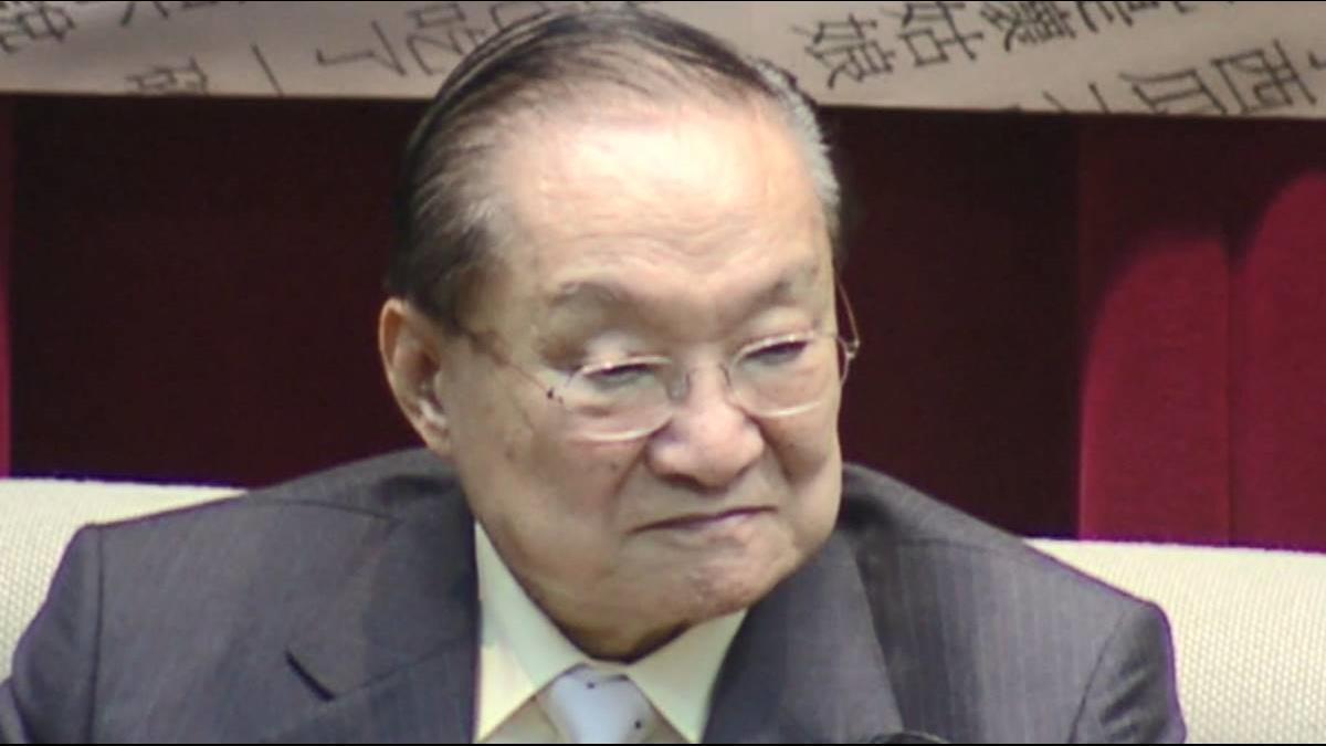 兩岸書劍恩仇錄 金庸小說昔解禁因鄧小平1句話?