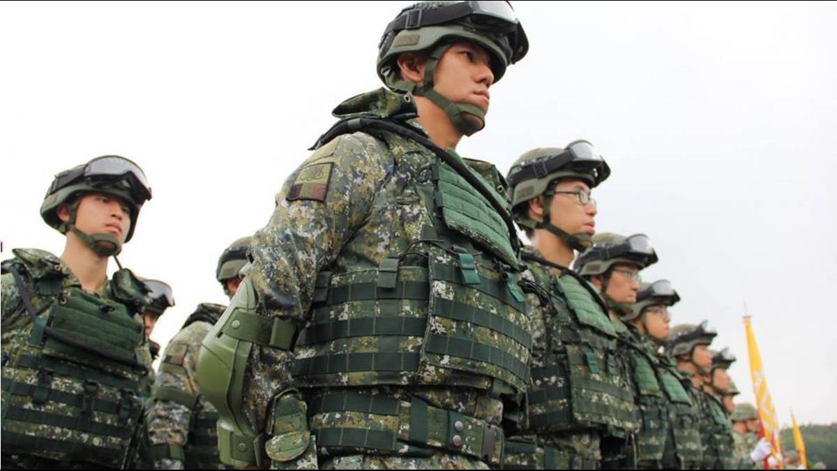 軍官「月薪4.9萬剩770」網瘋傳!國防部這樣說