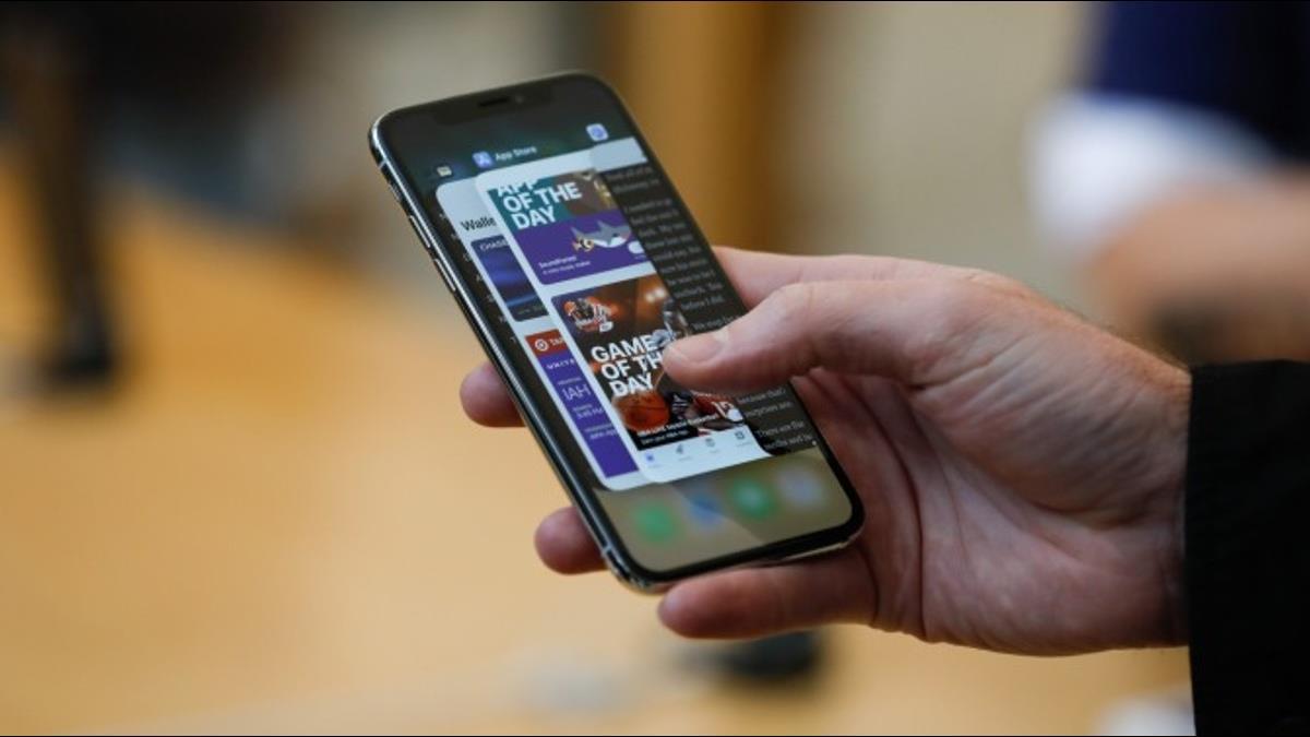 你買到機王嗎?蘋果證實iX螢幕觸控有問題「可免費維修」