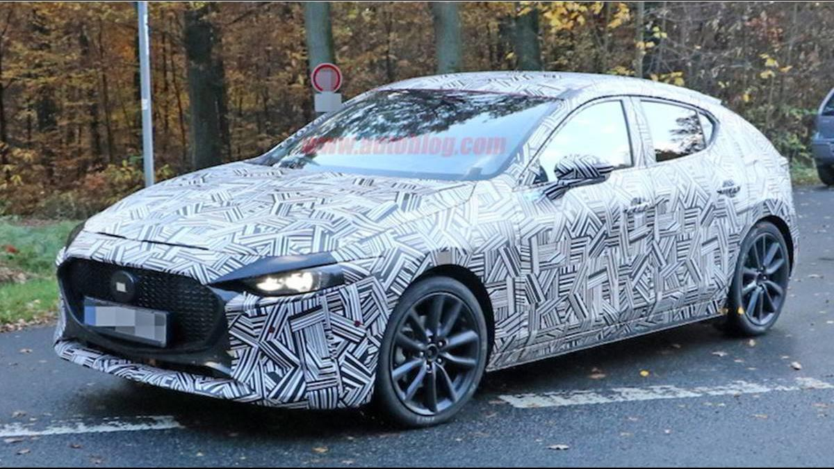 捕獲全新Mazda 3偽裝車!外型更流線月底亮相