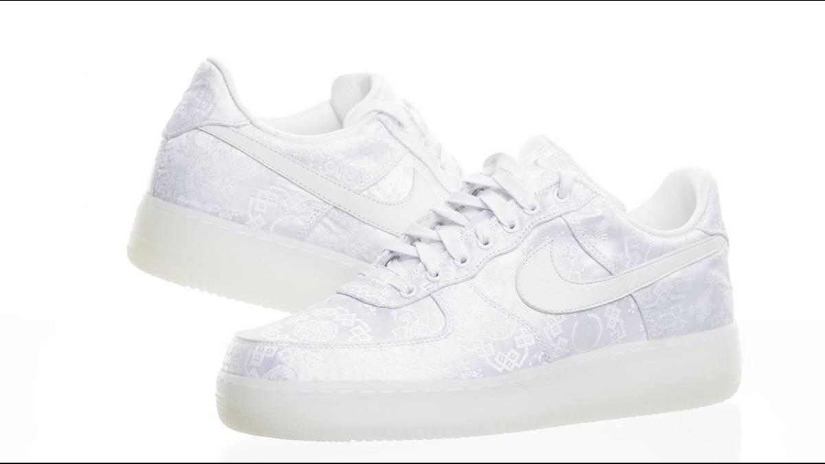鞋跟有「囍」!Nike、Adidas攻陸緊扣中國風切割D&G