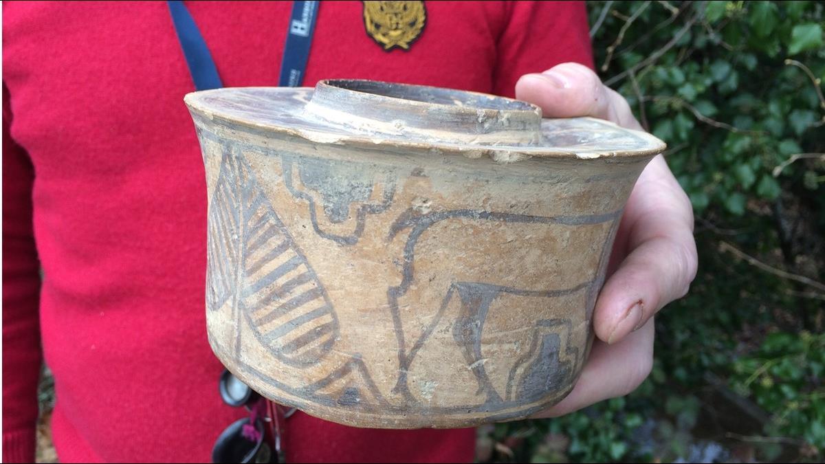 160元陶罐竟是千年古董!他以20倍價成功拍出