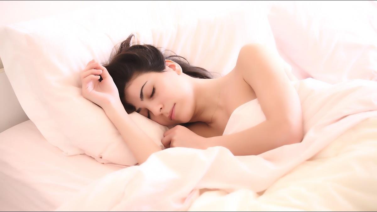 睡覺開夜燈?醫勸:「微弱光線」也會影響睡眠品質