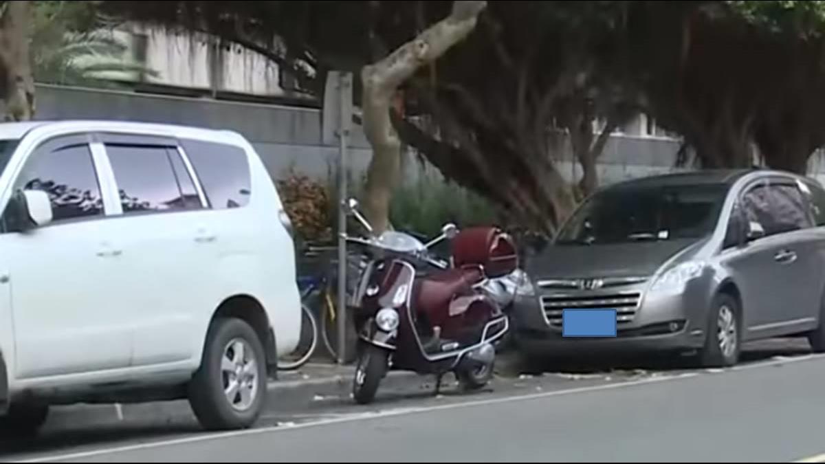 停車有解?明年元旦起「汽車停車格可停多輛重機」
