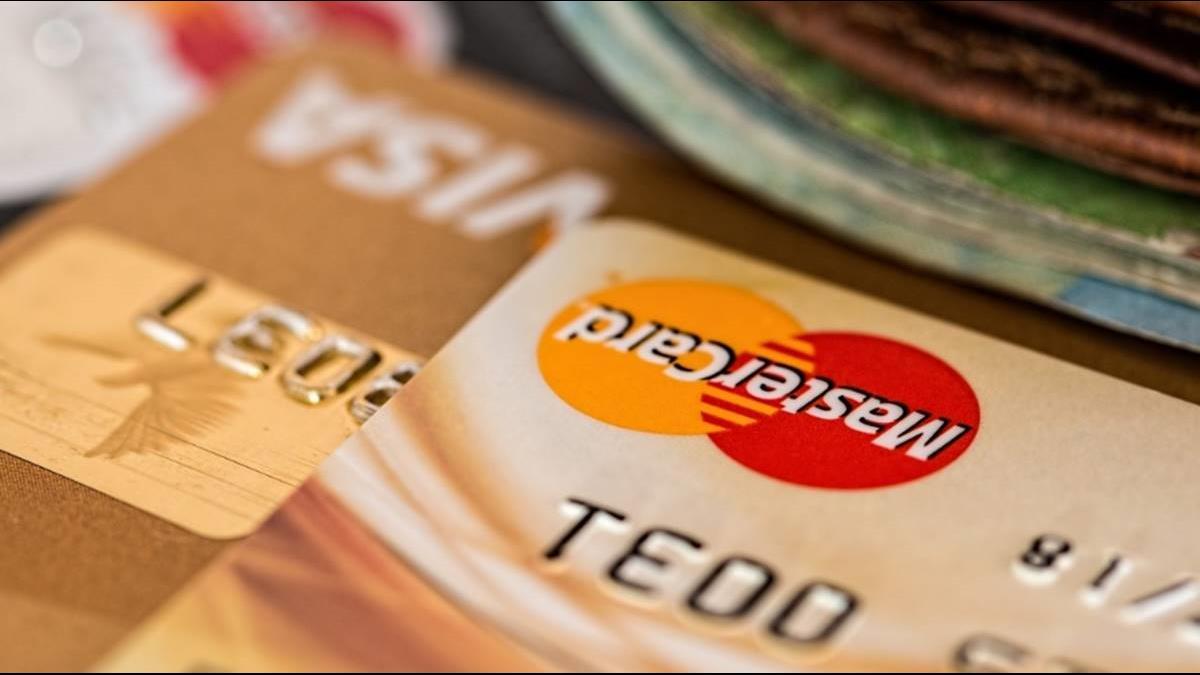 不只LINE Pay卡回饋縮水!這5家信用卡優惠確定調降