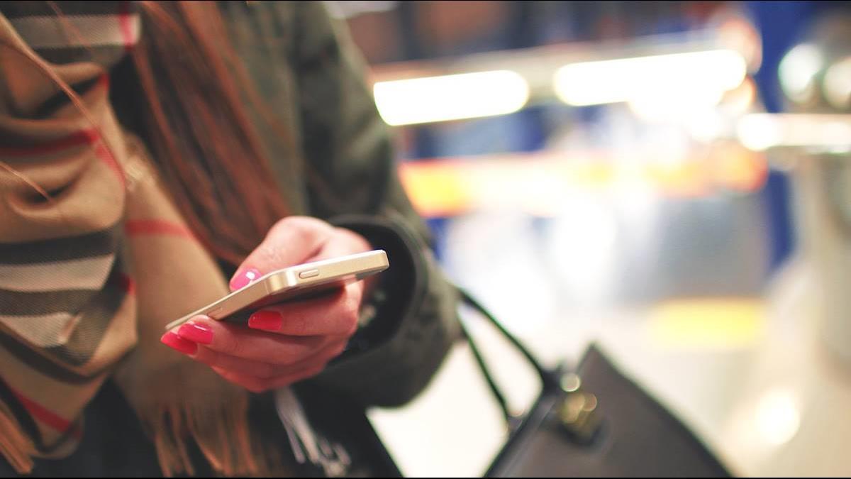 備戰5G?陸電商iPhone狂降近7千 網卻勸先別買