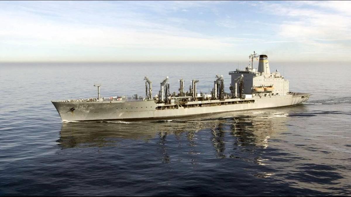 敏感!美艦4度穿越台海 陸軍機同步飛越 巴士海峽