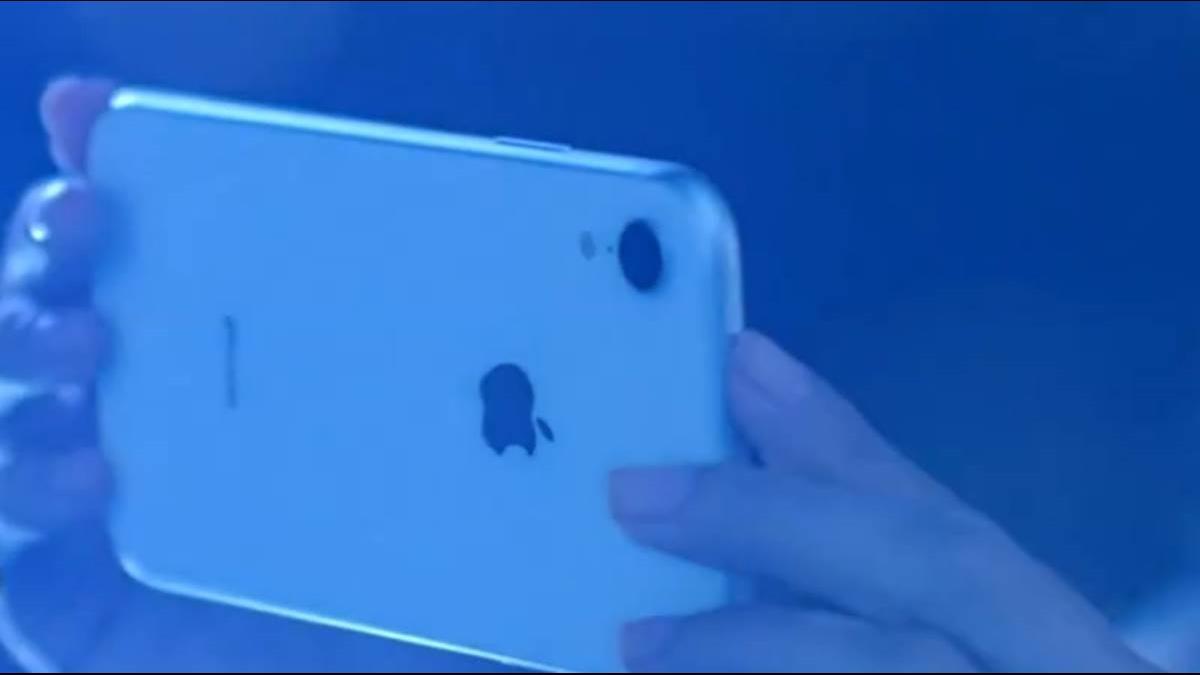 iPhone大中華銷售年減26.6% 民眾喊「沒突破」