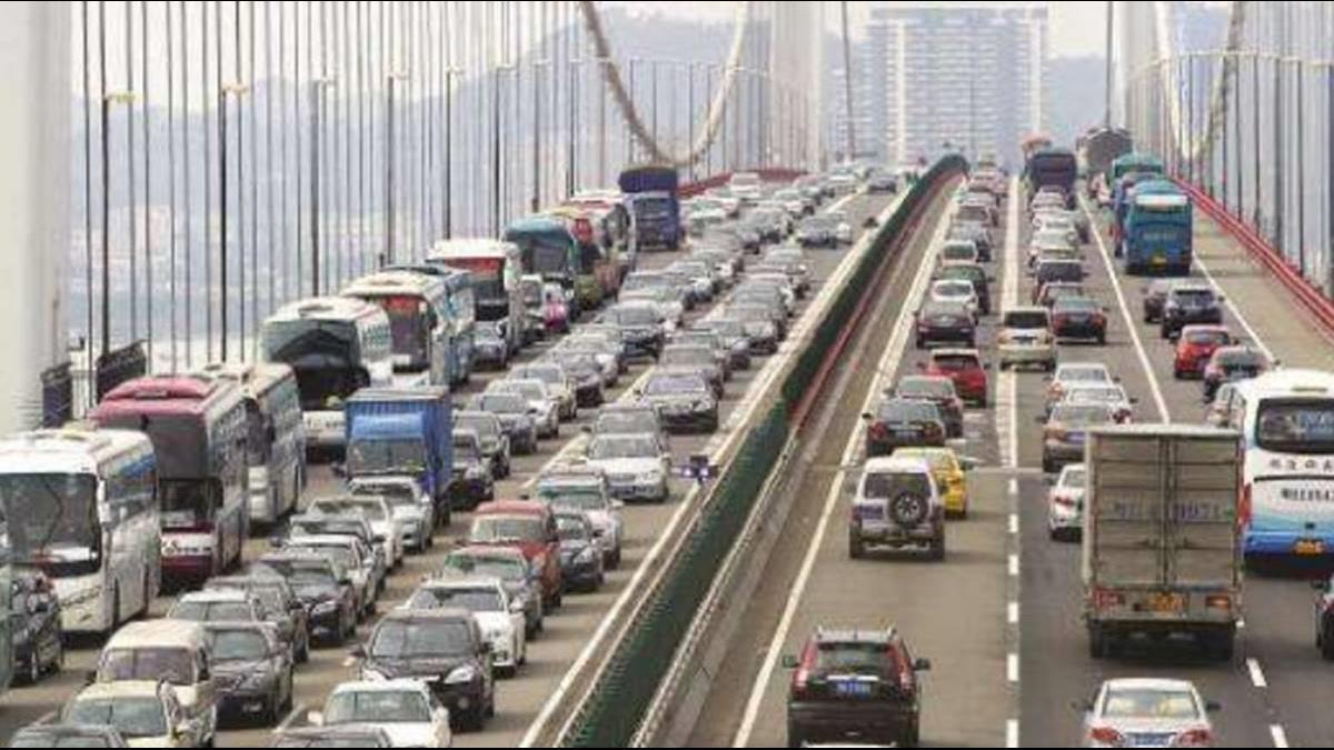 全陸最塞大橋造價137億「堵個8小時」只是日常