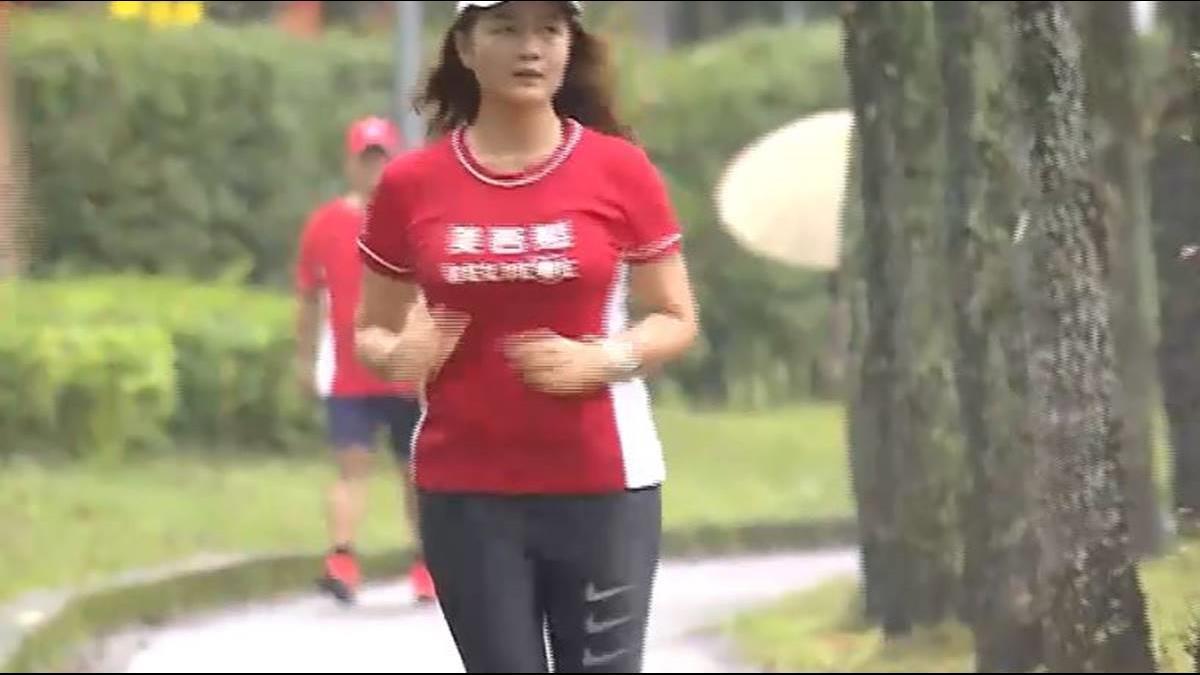 揭公主養生絕招 李伊俐揪團跑馬拉松