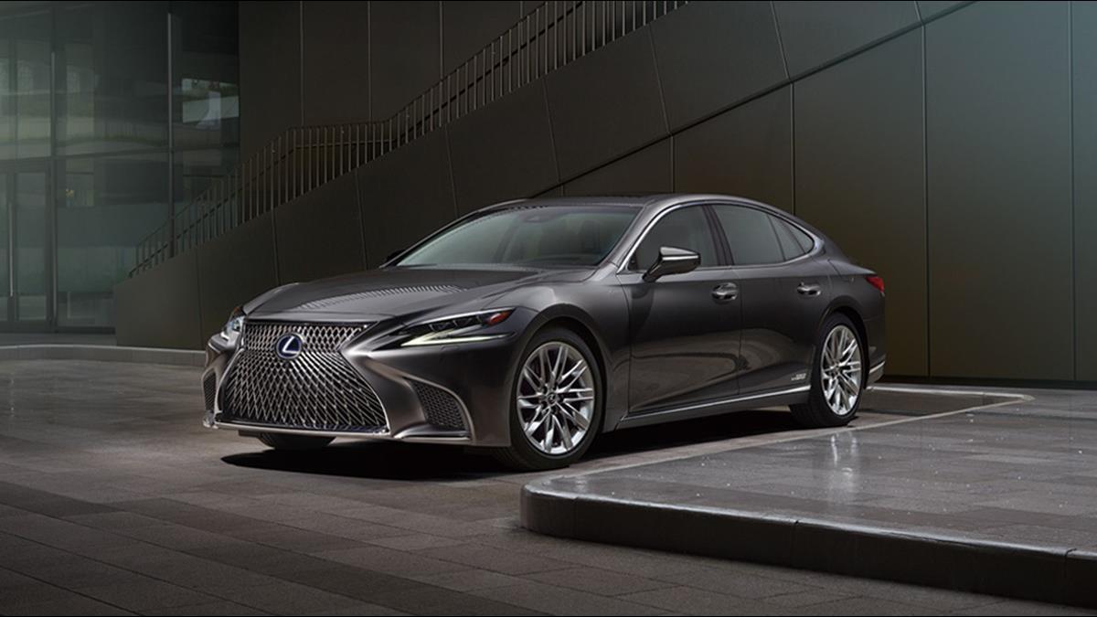 小改款「不漲反降300萬」LEXUS這車銷量卻不如預期
