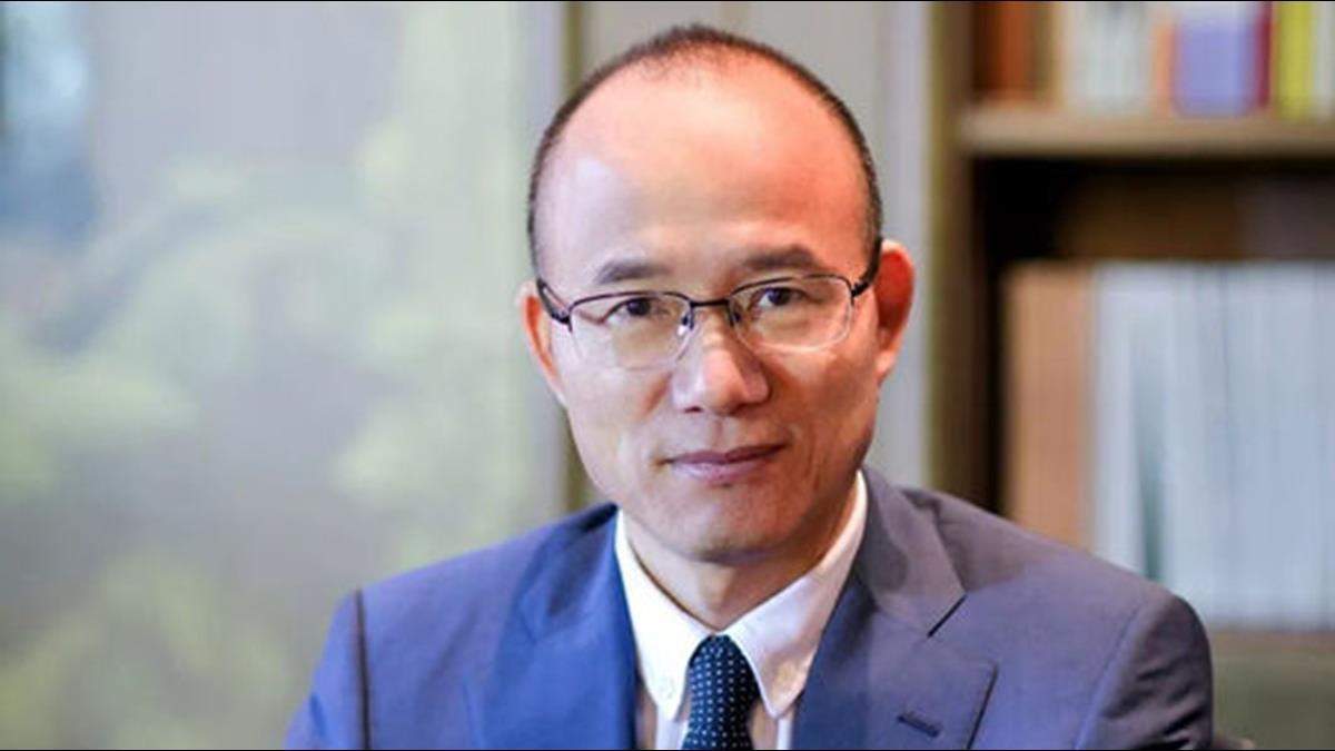第2個李嘉誠?他靠這招從窮學生成身價2千億上海首富