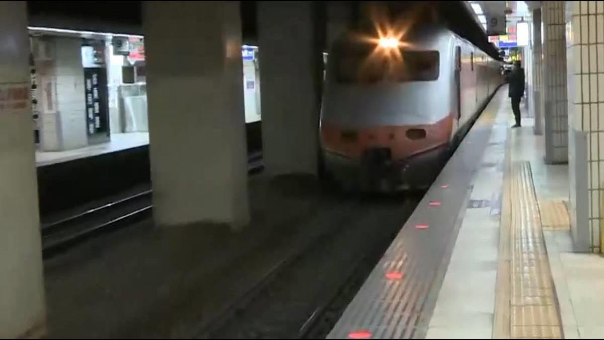 超佛心?7旅客錯過站 台鐵深夜加開專車「免費送回家」