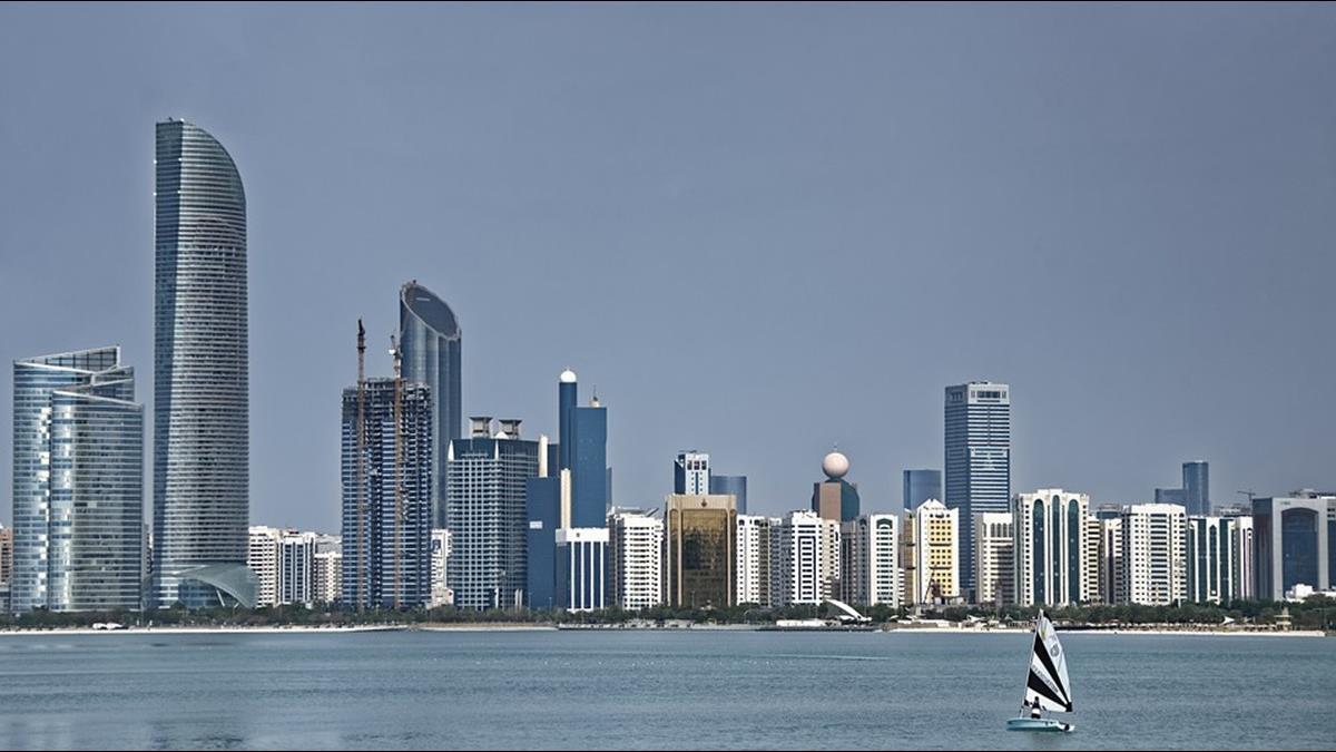 人均GDP338萬!中東這城市因1資源比杜拜有錢3倍