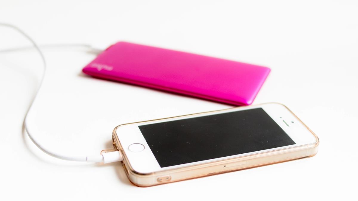 你的iPhone該換電池了嗎?從3徵兆檢測手機