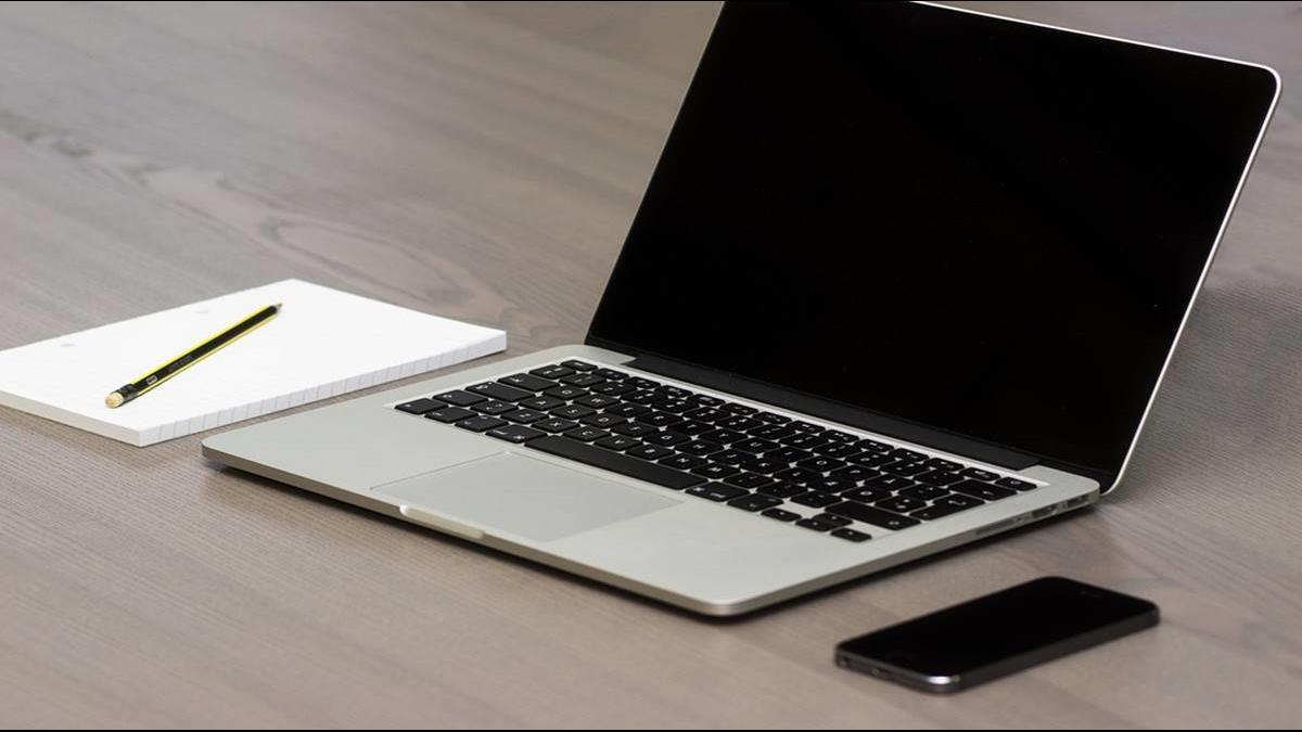攝影師砸30萬修不好蘋果筆電?烏龍原因曝光