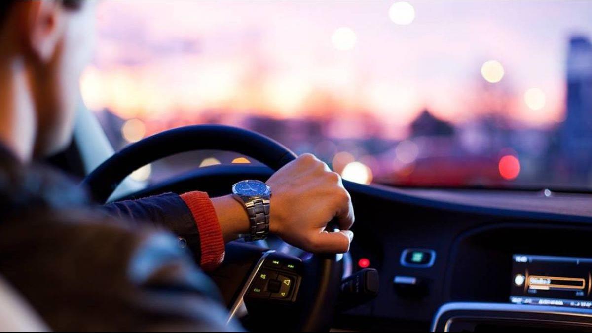 車主違規吃罰單「求乘客平分」!網掀論戰