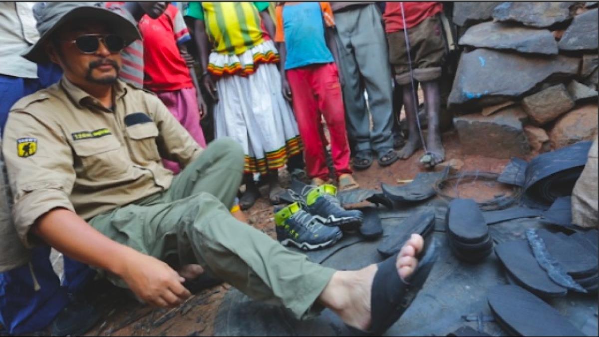 垃圾變寶藏?非洲超耐磨涼鞋竟是廢棄物做的