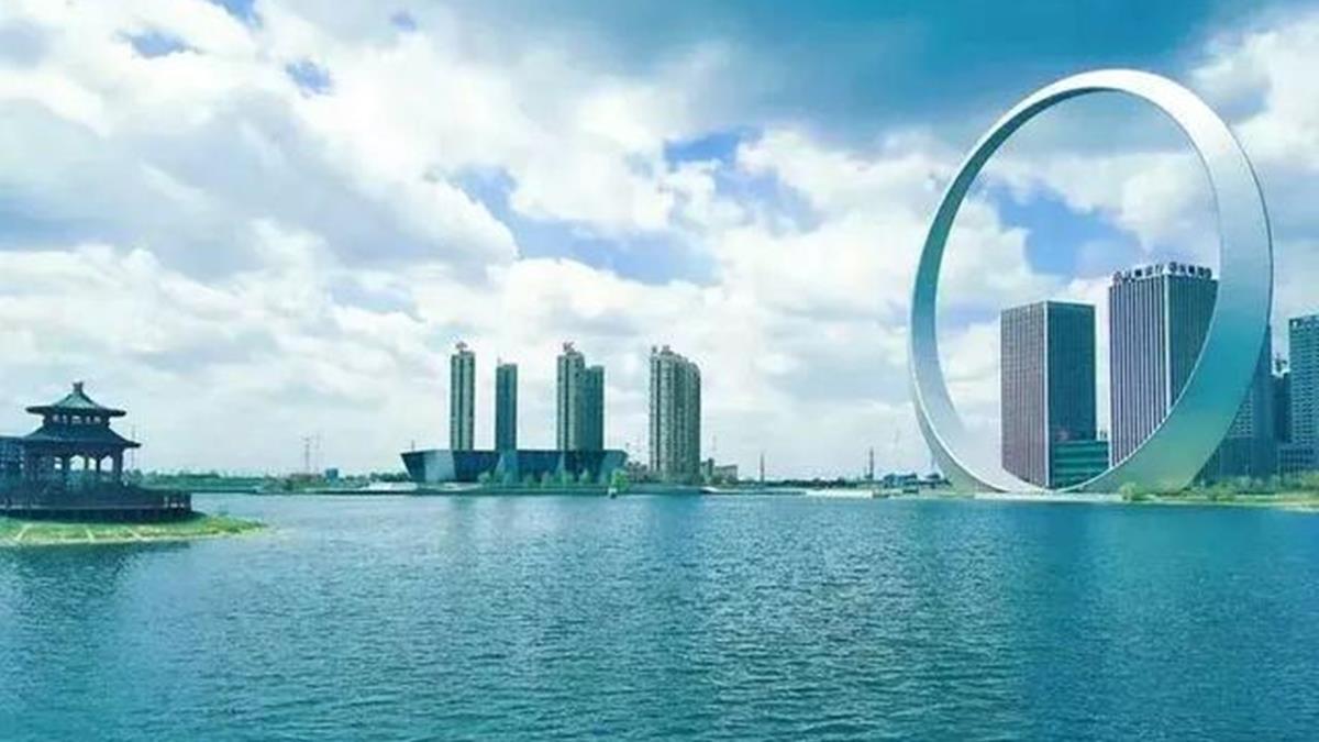 斥資5億只蓋1個大鐵圈!遭封全陸最沒用建築
