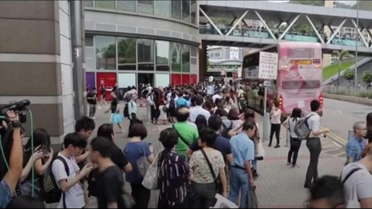 香港三罷拖垮經濟!他警告:這2族群飯碗不保